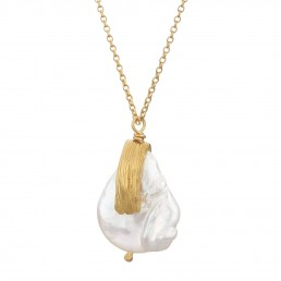 Keshi pearl pendant jewellery photographer